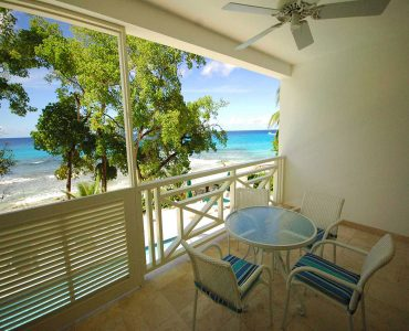Waterside - Beachfront terrace